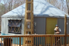 24ft yurt with stove pipe support