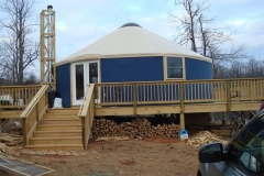 30ft yurt with stovepipe support